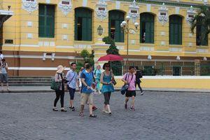 TP.HCM: Vẫn còn hàng rong chèo kéo khách du lịch