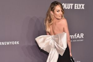Ngắm dàn mỹ nhân mặc đẹp nhất thảm đỏ New York Fashion Week