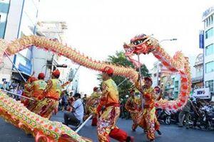 Vạn người đổ về Chợ Lớn xem lễ hội Tết Nguyên tiêu của người Hoa