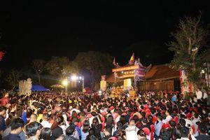 Lễ phát lương đền Trần Thương năm 2019