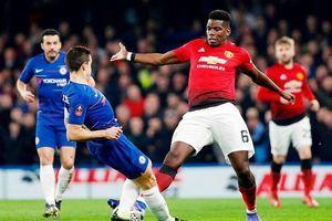 Pogba chuộc lỗi, Man.United đè bẹp Chelsea