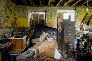 Rùng rợn ngôi nhà 'ma ám' bỏ hoang 50 năm ở Anh