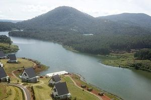 Phó Thủ tướng Trương Hòa Bình yêu cầu làm rõ vi phạm trật tự xây dựng tại KDL quốc gia hồ Tuyền Lâm