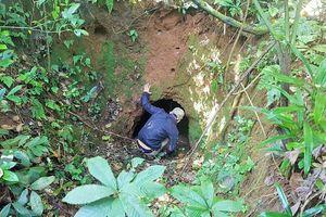 Cả trăm di tích làng hầm bị bỏ hoang