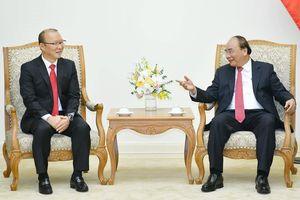Thủ tướng Nguyễn Xuân Phúc tin tưởng HLV Park Hang-seo tiếp tục thành công tại Việt Nam