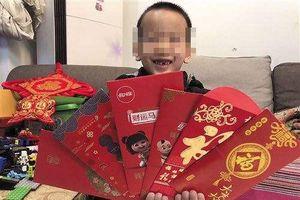 Con trai 13 tuổi kiện bố ra tòa vì… lấy hết tiền lì xì