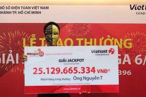 Người cuối cùng trong nhóm trúng số hơn 75 tỷ đồng nhận thưởng