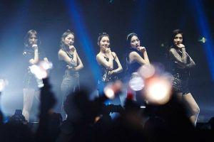 Concert ngày cuối của Red Velvet tại Mỹ: Seulgi rơi 'tóc giả' trên sân khấu của 'Rookie'