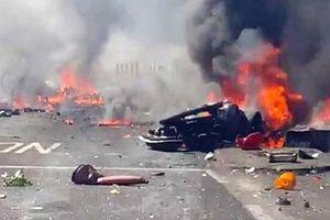 Video máy bay Anh đâm xuống đất nổ tung ở triển lãm Shoreham 2015