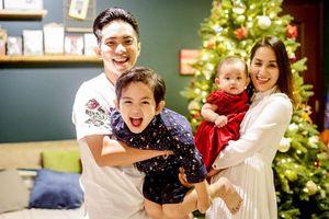 Chuyện showbiz: Chồng trẻ tiết lộ mối quan hệ của Khánh Thi với bố mẹ