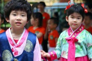 Ngôi trường Hà Nội có lớp học mang tên Kim Nhật Thành, Kim Jong Il
