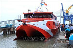 Tàu cao tốc chạy tuyến Vũng Tàu - Côn Đảo mới đưa vào vận hành đã gặp sự cố