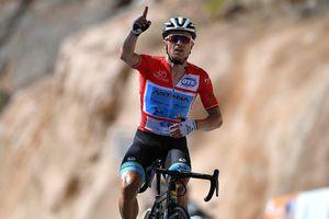 Tour of Oman: Lutsenko thắng chặng 'Núi xanh' làm quà tặng vợ