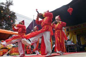 Lễ hội Vía Bà thu hút hàng ngàn người, không còn cảnh đốt vàng mã