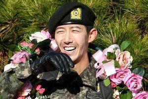 Sao nam Hàn thừa nhận phẫu thuật cả khuôn mặt, hứng chịu 'gạch đá' vì quá gầy