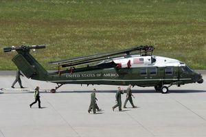 Phi đội Mỹ kiểm tra 'siêu trực thăng' chở Tổng thống tại Nội Bài