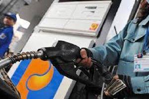 Một doanh nghiệp bị phạt 108 triệu đồng vì bán xăng kém chất lượng