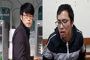 Hai người nước ngoài trộm thông tin khách hàng, làm giả thẻ ATM