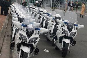 Dàn môtô chuyên hộ tống nguyên thủ xuất hiện ở Nội Bài