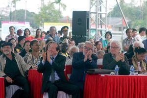Mở cánh cửa quảng bá văn học Việt Nam