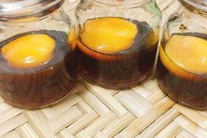 5 lợi ích tuyệt vời của lòng đỏ trứng gà ngâm mật ong
