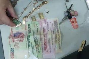Thừa Thiên – Huế: Rủ nhau đi cướp tài sản để mua xe máy và điện thoại tiêu xài