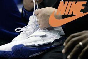 Cổ phiếu Nike sụt giảm sau khi chiếc giày của Zion Williamson bị rách
