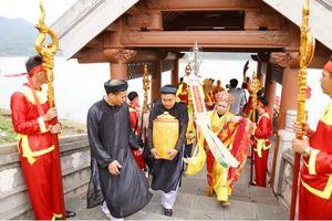 Linh thiêng Lễ rước nước tại Thái Miếu nhà Trần