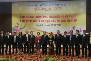 Thủ tướng Chính phủ Nguyễn Xuân Phúc gặp mặt các lãnh đạo doanh nghiệp tiêu biểu
