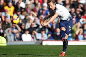 Burnley - Tottenham 2-1, Harry Kane trở lại nhưng Spurs vẫn té đau