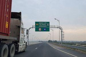 Công an Quảng Ninh triệu tập 3 đối tượng ném đá ô tô trên cao tốc Hạ Long - Hải Phòng