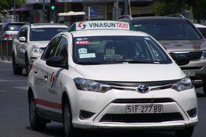 Vinasun không muốn lắp tấm chắn bảo vệ tài xế taxi