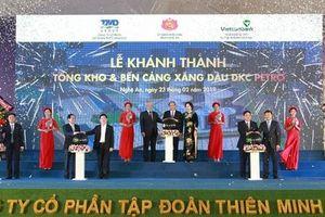 Thủ tướng Nguyễn Xuân Phúc dự Lễ khánh thành Tổng kho xăng dầu DKC