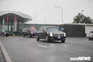 'Quái thú' của Tổng thống Trump cùng đoàn xe phục vụ chạy về trung tâm Hà Nội