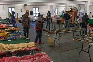 Thông điệp về 'phẩm giá và tình người' giúp đỡ người tị nạn châu Phi của Thị trưởng Pháp