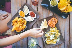 Cứ ăn những thực phẩm này, khó tiêu là vấn đề ám ảnh bạn