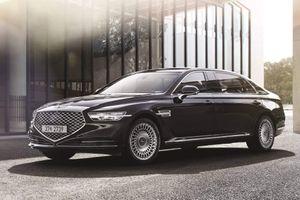Genenis G90 phiên bản limousine đẳng cấp chẳng kém Mercedes Maybach