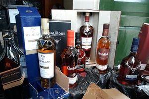 Thu giữ hơn 1.000 chai rượu ngoại nhập lậu