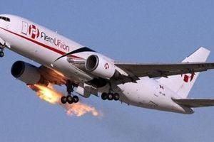 Máy bay thương mại Boeing 767 rơi ở Texas, chưa tìm thấy ai sống sót