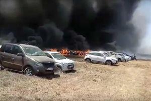 Hơn 300 ôtô cháy rụi chỉ vì một điếu thuốc lá