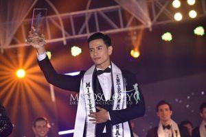 Trịnh Bảo đăng quang Nam vương Quốc tế 2019