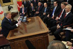 Mỹ hoãn tăng thuế với Trung Quốc trước hạn chót ngày 1-3