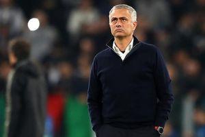 Mourinho: 'Muốn tôi dẫn dắt thì phải yêu quý tôi'