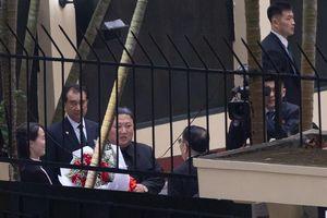 Ông Kim Jong Un rời Đại sứ quán Triều Tiên, về lại khách sạn