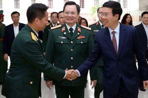 Kỷ niệm 64 năm Ngày Thầy thuốc Việt Nam: - Bác sĩ Việt Nam không thua kém gì đồng nghiệp tại các nước khác