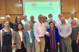 'Cây Hòa bình' của Mỹ tiếp tục hành trình ý nghĩa tại Việt Nam