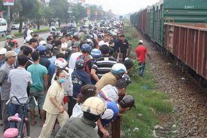 Băng qua đường sắt, người đàn ông bị tàu hàng tông tử vong tại chỗ