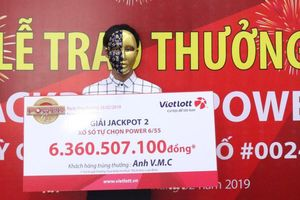 Nam thanh niên trúng tiền tỷ trong lần thứ 2 mua vé số Vietlott
