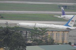 Máy bay dự phòng của Tổng thống Donald Trump hạ cánh xuống sân bay Đà Nẵng
