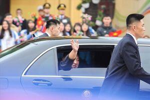 Nước Việt thể hiện lòng yêu chuộng hòa bình và hiếu khách